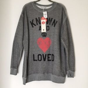 Wildfox NWT 💋 Known and Loved Grey Sweatshirt M
